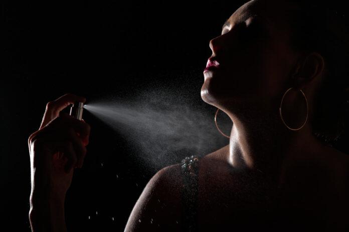 Perfumy z feromonami - czy to działa?