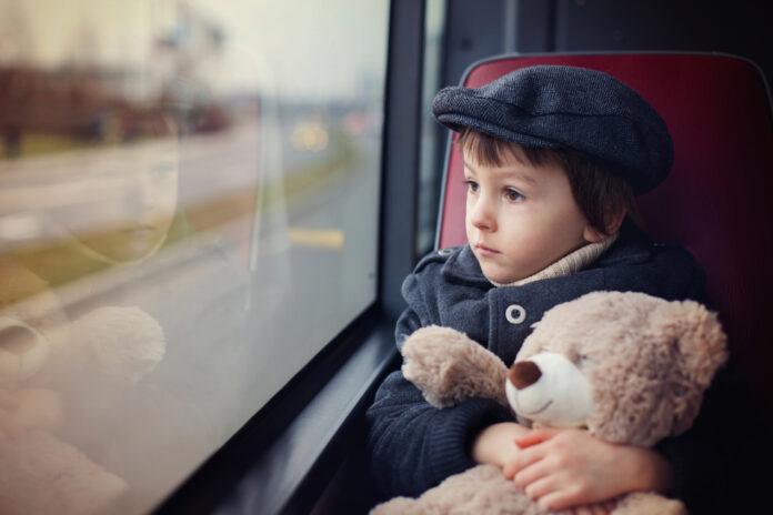 Dziecko w busie. Jak przygotować malucha do wyjazdu?